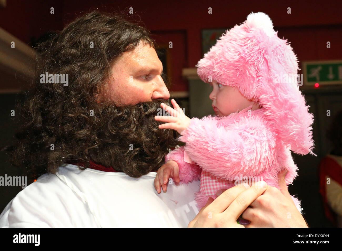 Jesus Christ Beard Stock Photos & Jesus Christ Beard Stock Images ...