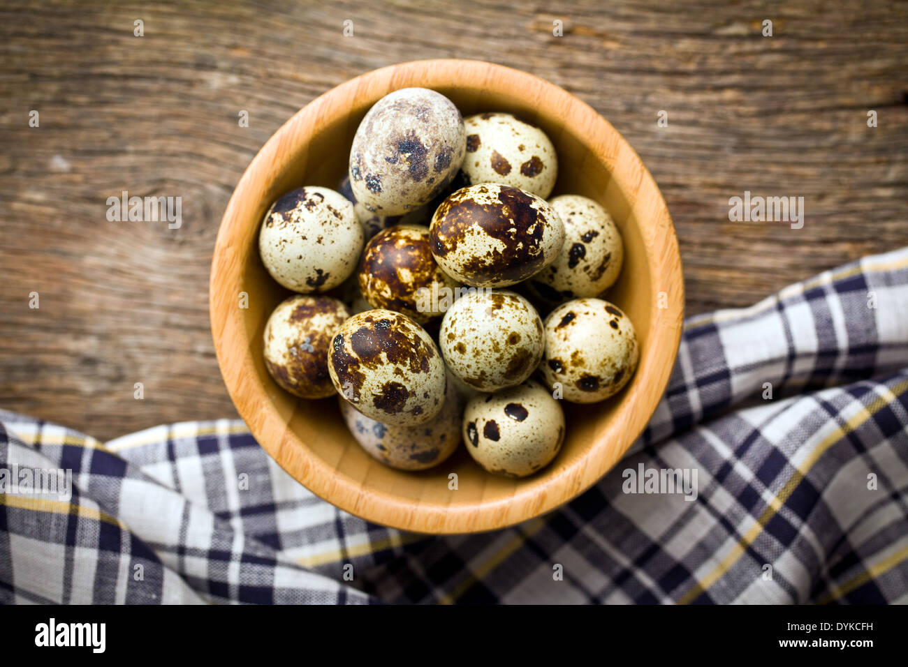 the top view of quail eggs in bowl - Stock Image