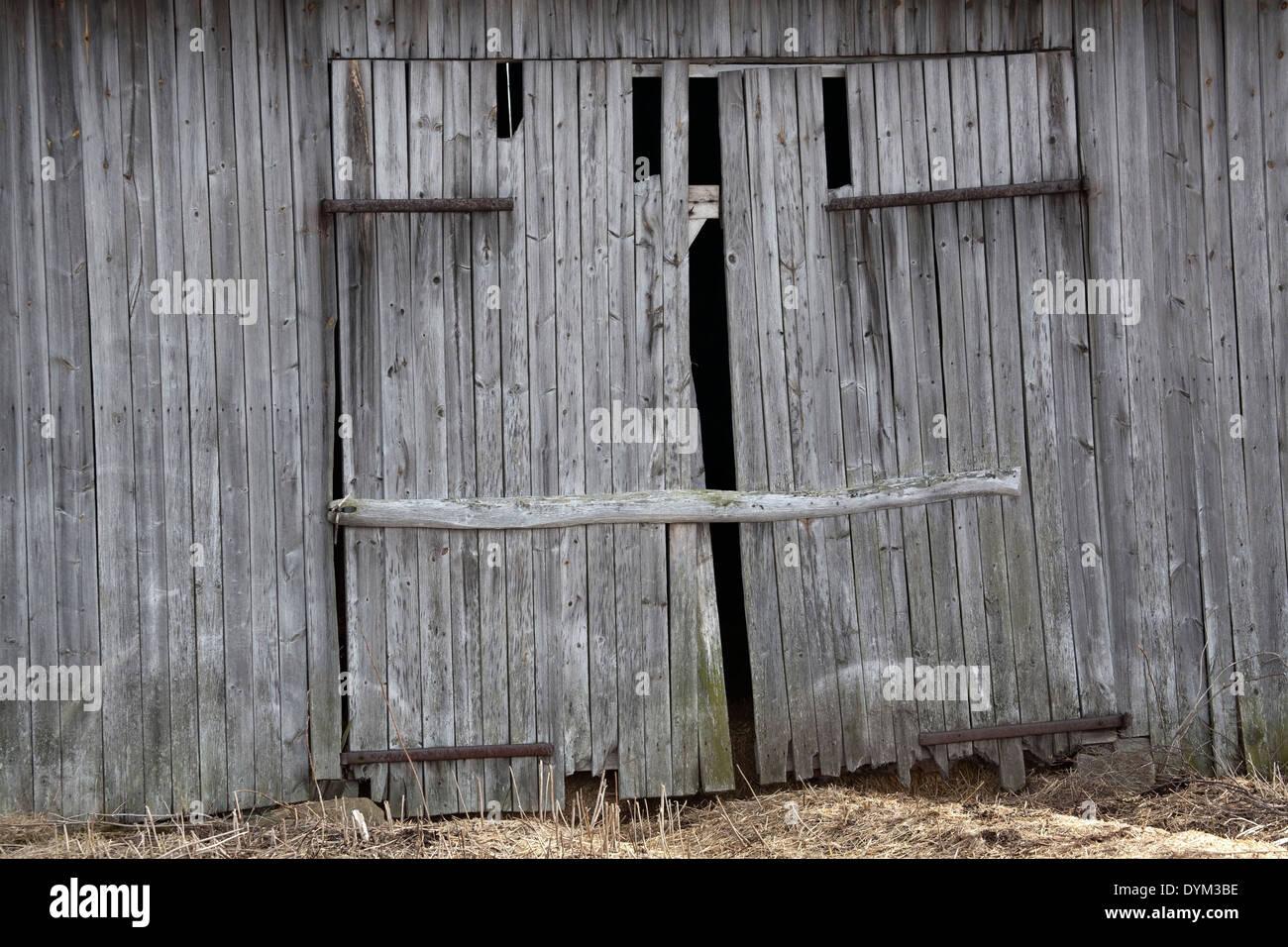Old Barn Door, Finland
