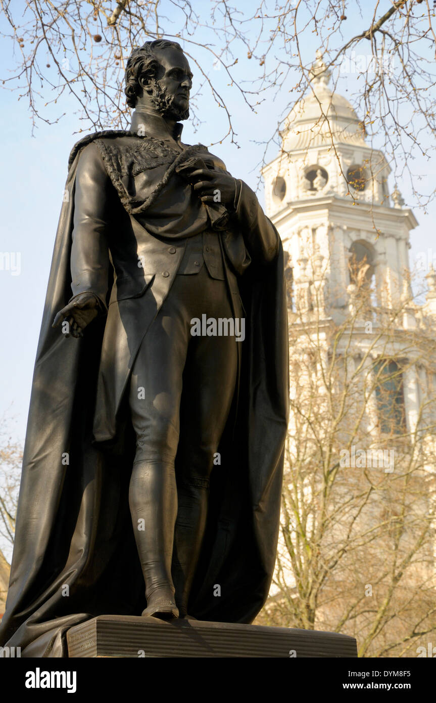 London, England, UK. Statue (1874, by Matthew Noble) of Edward George Geoffrey Smith Stanley, 14th Earl of Derby - Stock Image