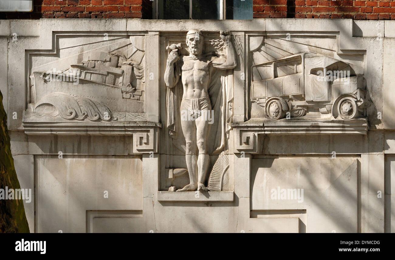 London, England, UK. Thorneycroft House, 7-9 Dean Bradley Street (part of Westminster School) Art deco facade detail - Stock Image