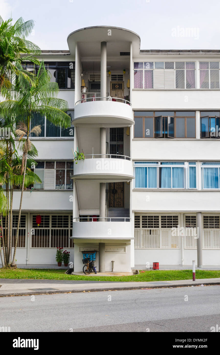 Streamline Moderne architectural style flats in the Tiong Bahru ...