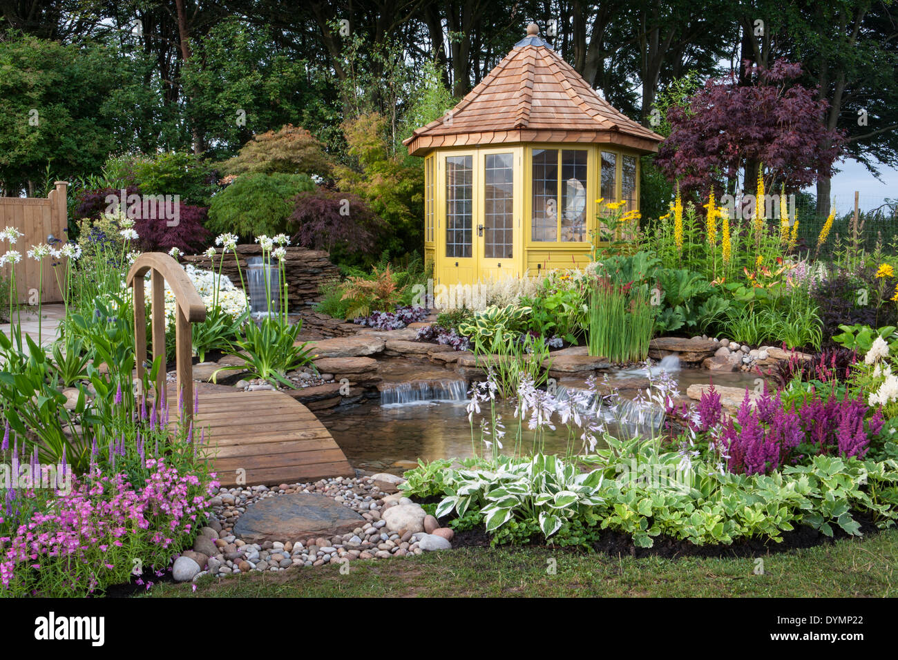 summerhouse Tatton Park RHS Flower Show 2013 The Water Garden Designed by Harry Levy Sponsored by The Pond Building Company awar - Stock Image