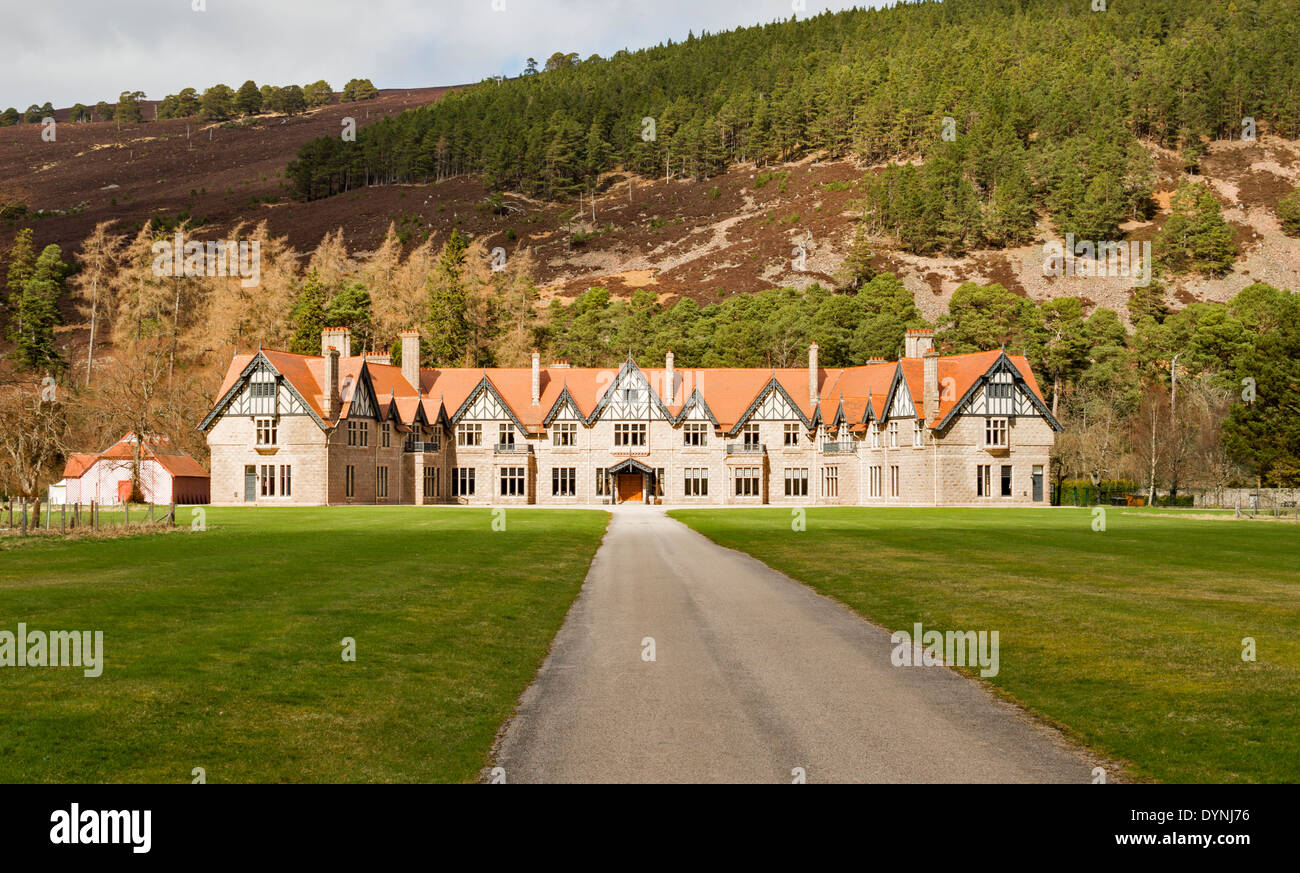 Garden Lodge Stock Photos & Garden Lodge Stock Images - Alamy