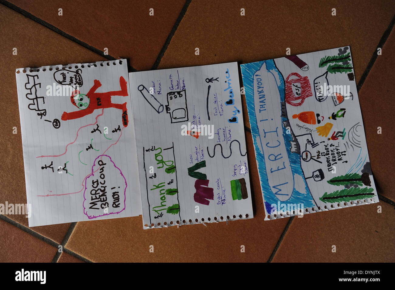 thank you letters written to a skiing instructor by english children - Stock Image