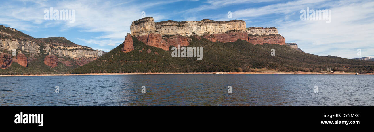 Panorama of Sau Reservoir in the Barcelona province, Catalonia. - Stock Image