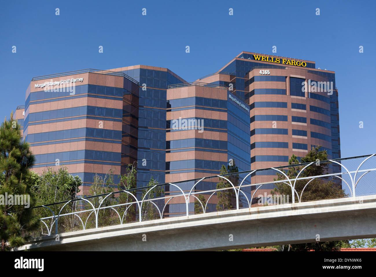 Wells Fargo Office Stock Photos Amp Wells Fargo Office Stock