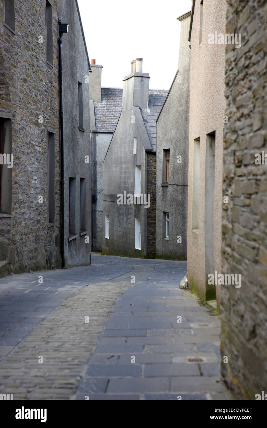 Stronmess narrow winding streets unchanged for centuries, Orkney mainland, Scotland - Stock Image