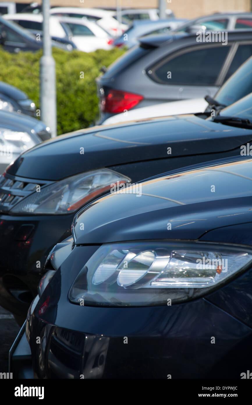 Cars in car park - Stock Image