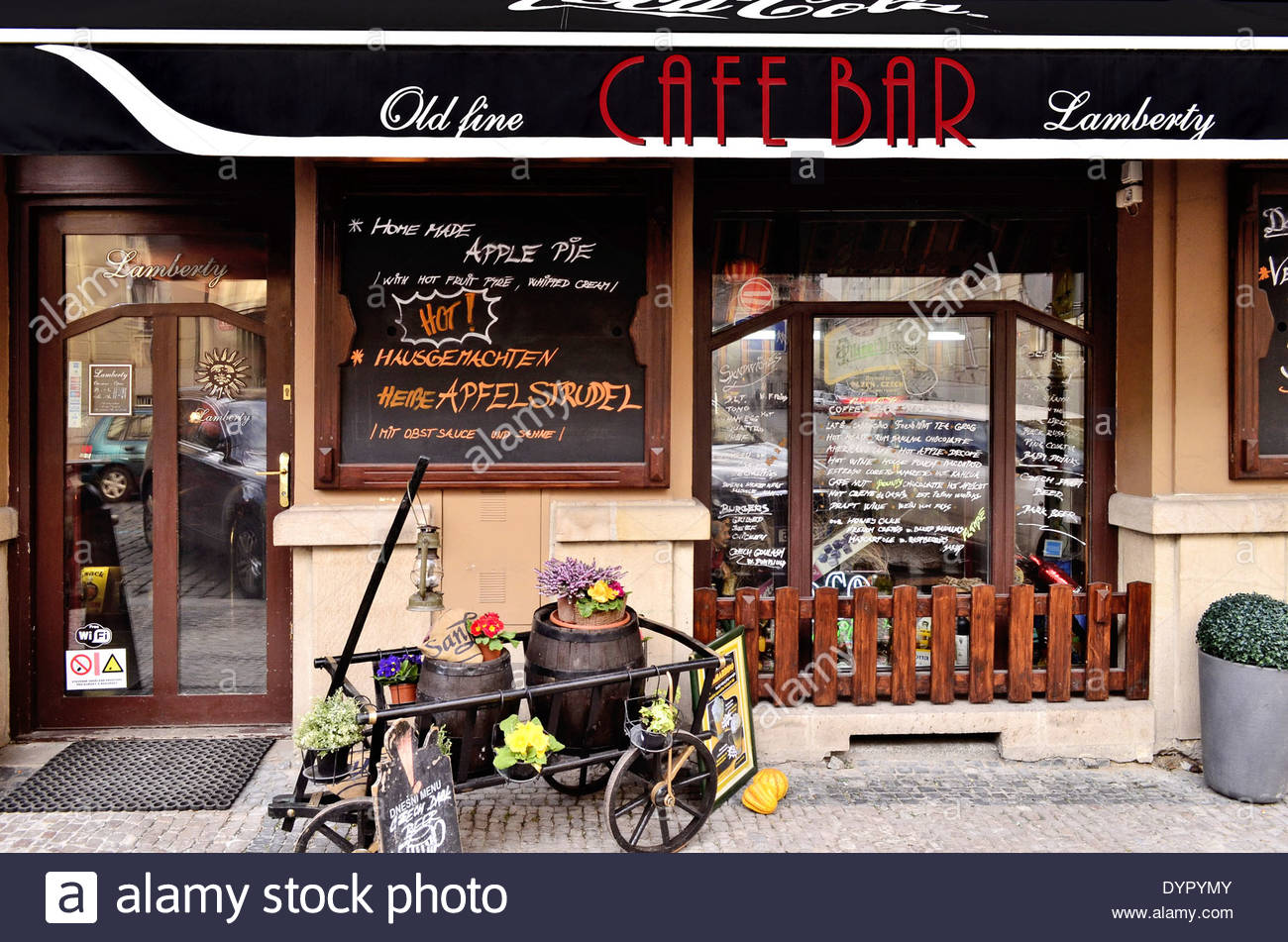 Prague Bar Stock Photos & Prague Bar Stock Images - Alamy