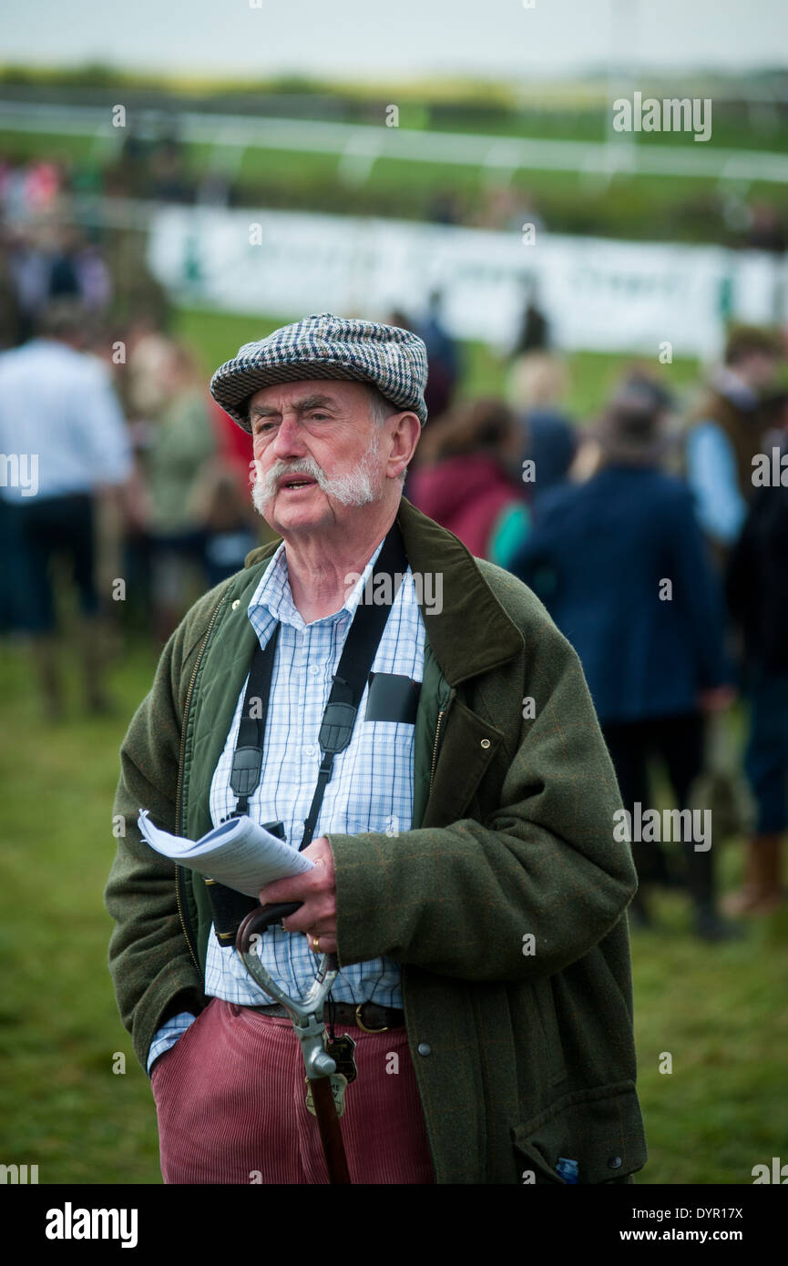Checking the odds at Old Berkshire Hunt point to point - Stock Image
