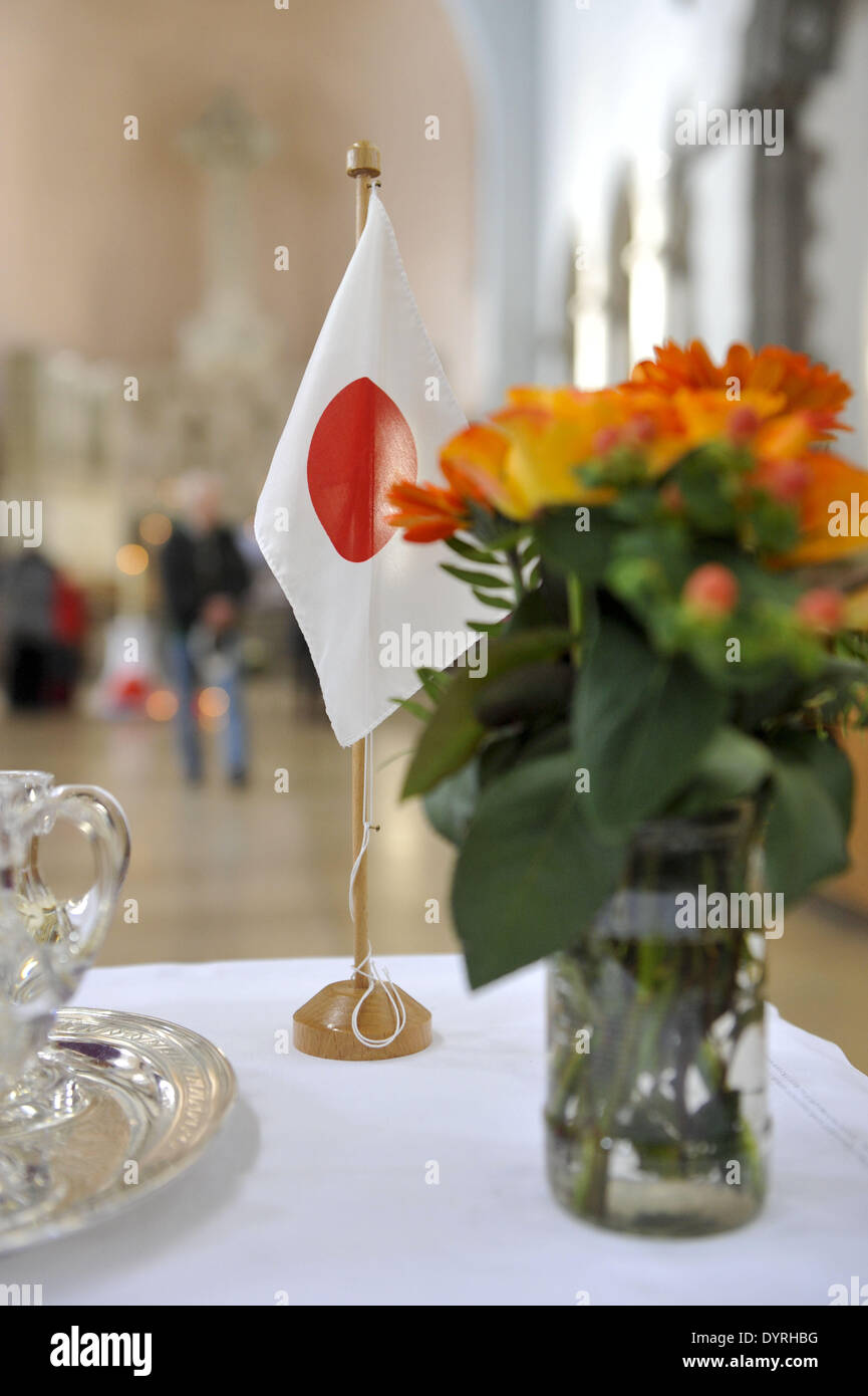 Memorial service for victims of the disaster in Japan, 2011 - Stock Image