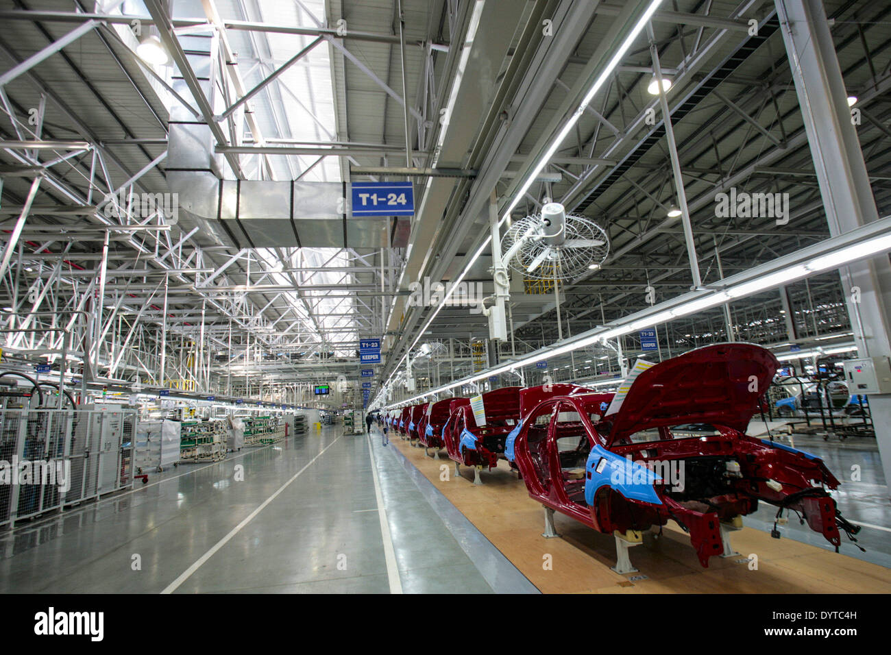 This picture shows a production line of KIA Motor's Cerato at YanCheng - Stock Image