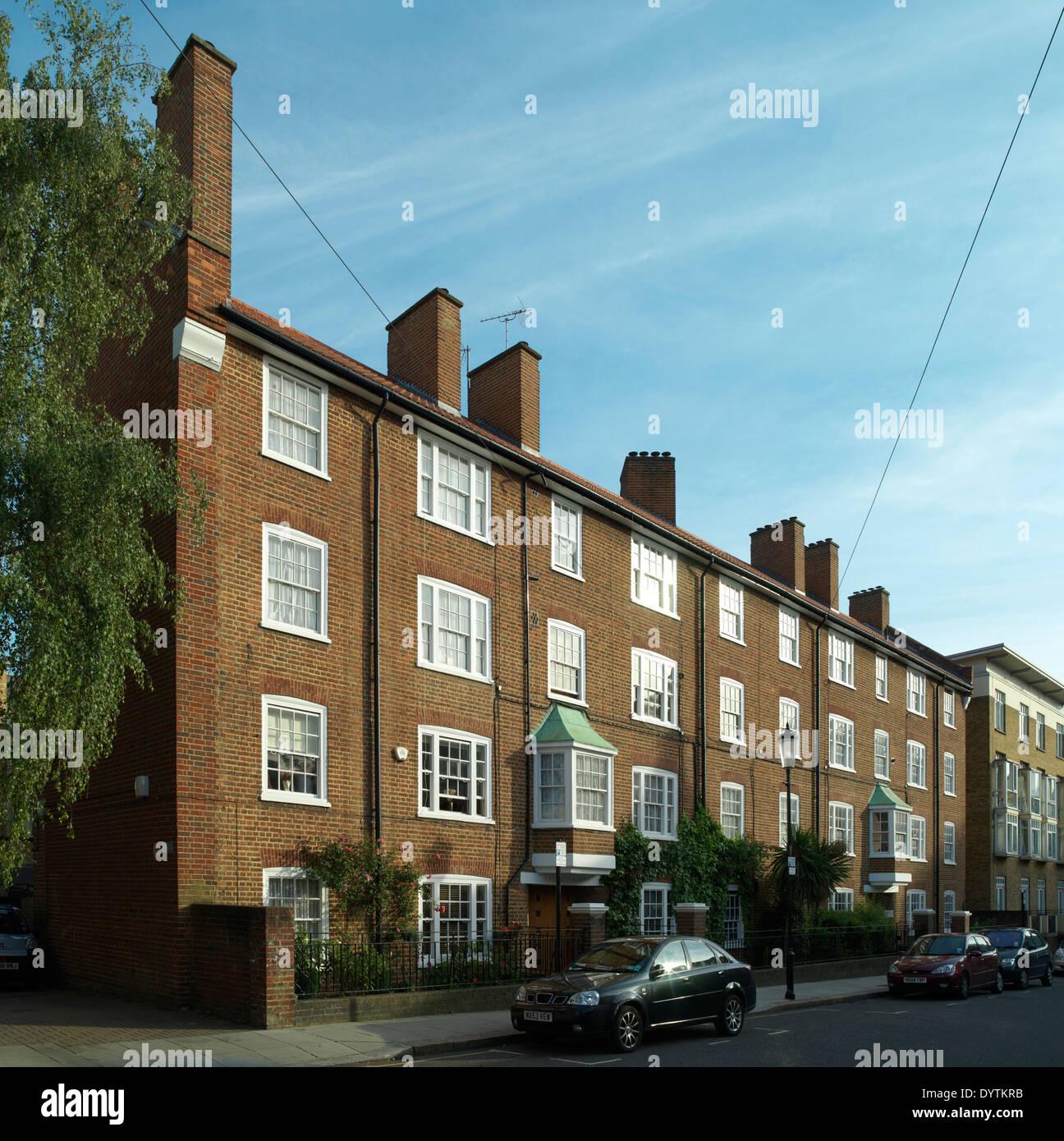 Exterior of social housing, Hayne House, London - Stock Image