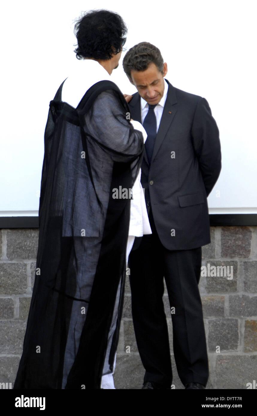 Gaddafi and Sarkozy - Stock Image