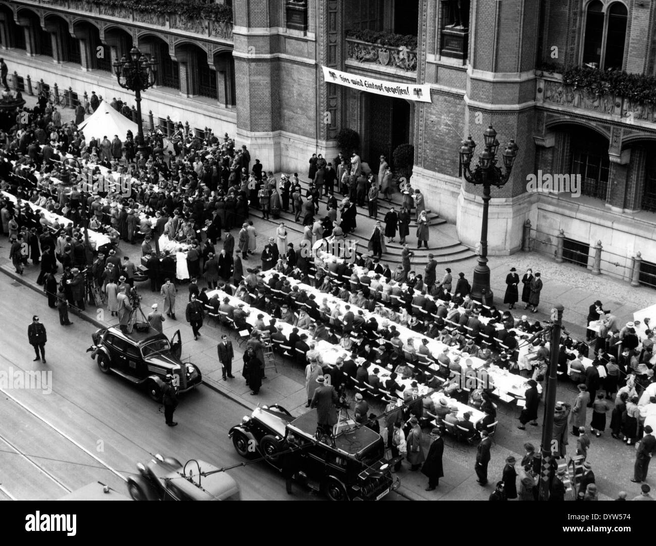 Opening of the winter war relief in Berlin, 1942 - Stock Image