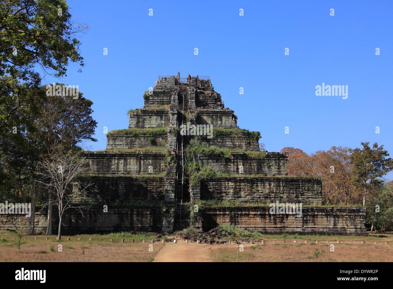 Koh Ker temple near Siem Reap, Cambodia - Stock Image