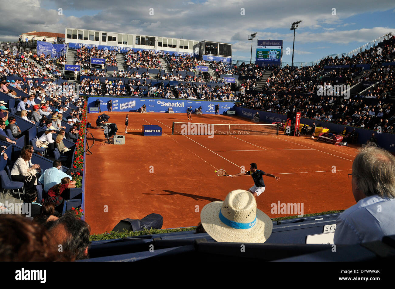 Barcelona, Spain. 25th Apr, 2014. Rafael Nadal battles against Nicolas Almagro General view during day five of the ATP World Tour 500 series on the 2014 ATP World Tour,  quarter finals Barcelona Open Banc Sabadell at the Real Club de Tenis Barcelona Credit:  fototext/Alamy Live News - Stock Image