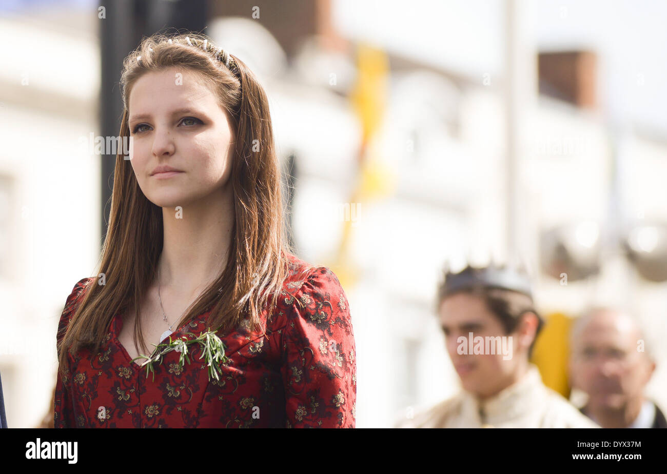 Stratford-upon-Avon, Warwickshire, UK. Saturday 26th April 2014. A carnival procession and other activites marked the 450th birthday of William Shakespeare. Attendees wore a bouquet of rosemary as a traditional mark of respect to The Bard. Credit:  Jamie Gray/Alamy Live News - Stock Image
