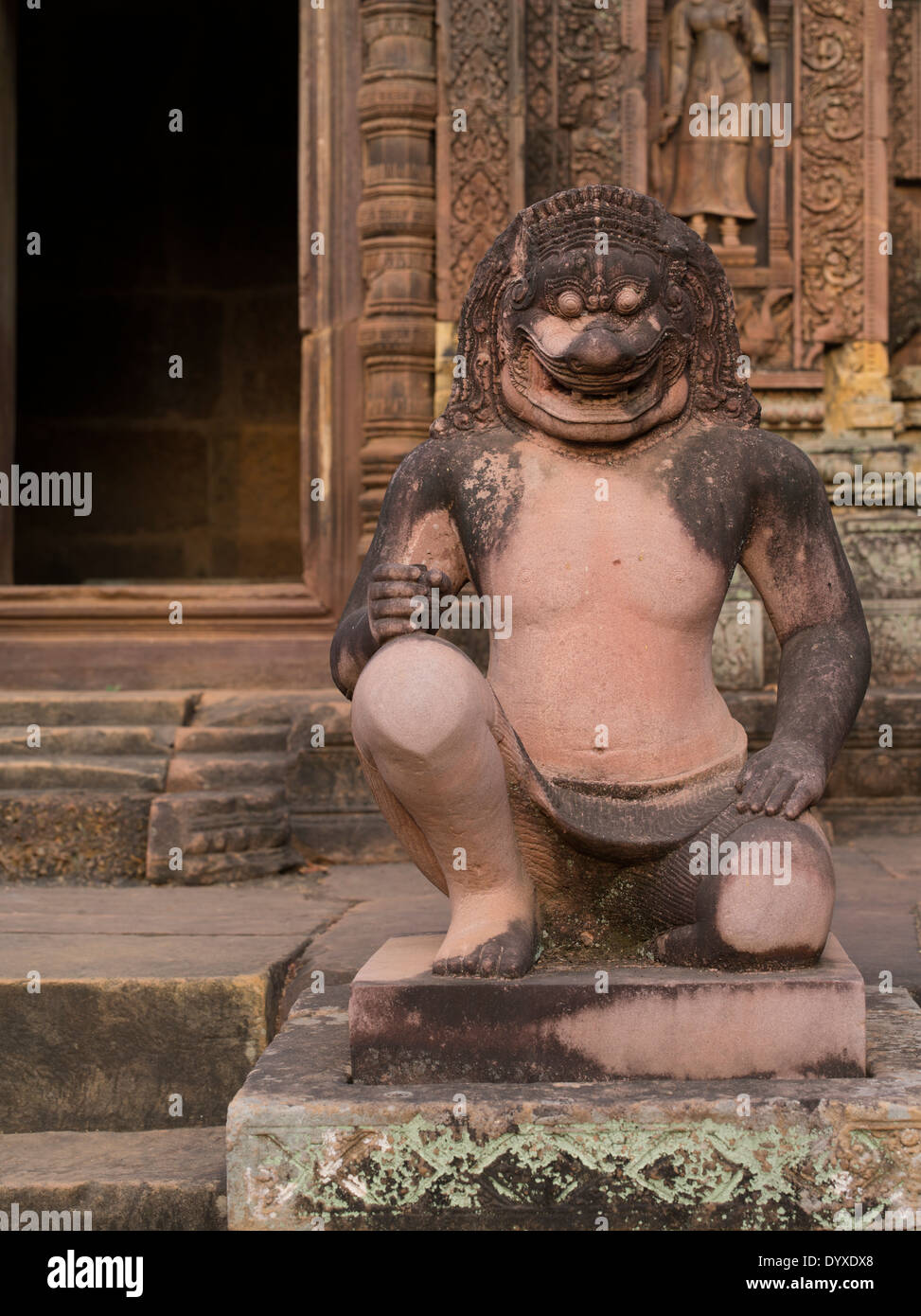 Lion headed guardian at Banteay Srei Hindu Temple dedicated to Shiva. Siem Reap, Cambodia - Stock Image