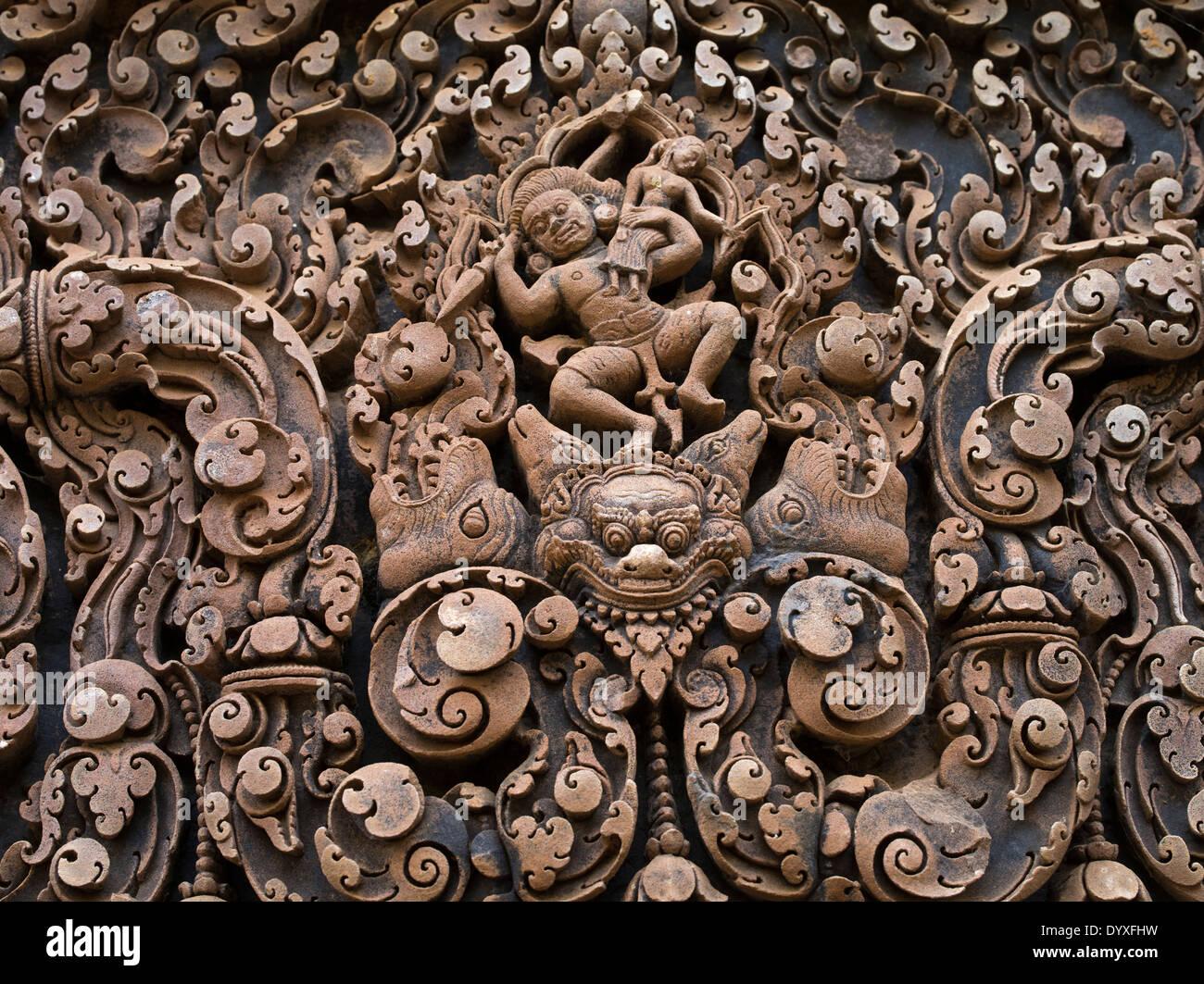 Abduction of Sita (western lintel, central shrine) Banteay Srei Hindu Temple dedicated to Shiva. Siem Reap, Cambodia - Stock Image