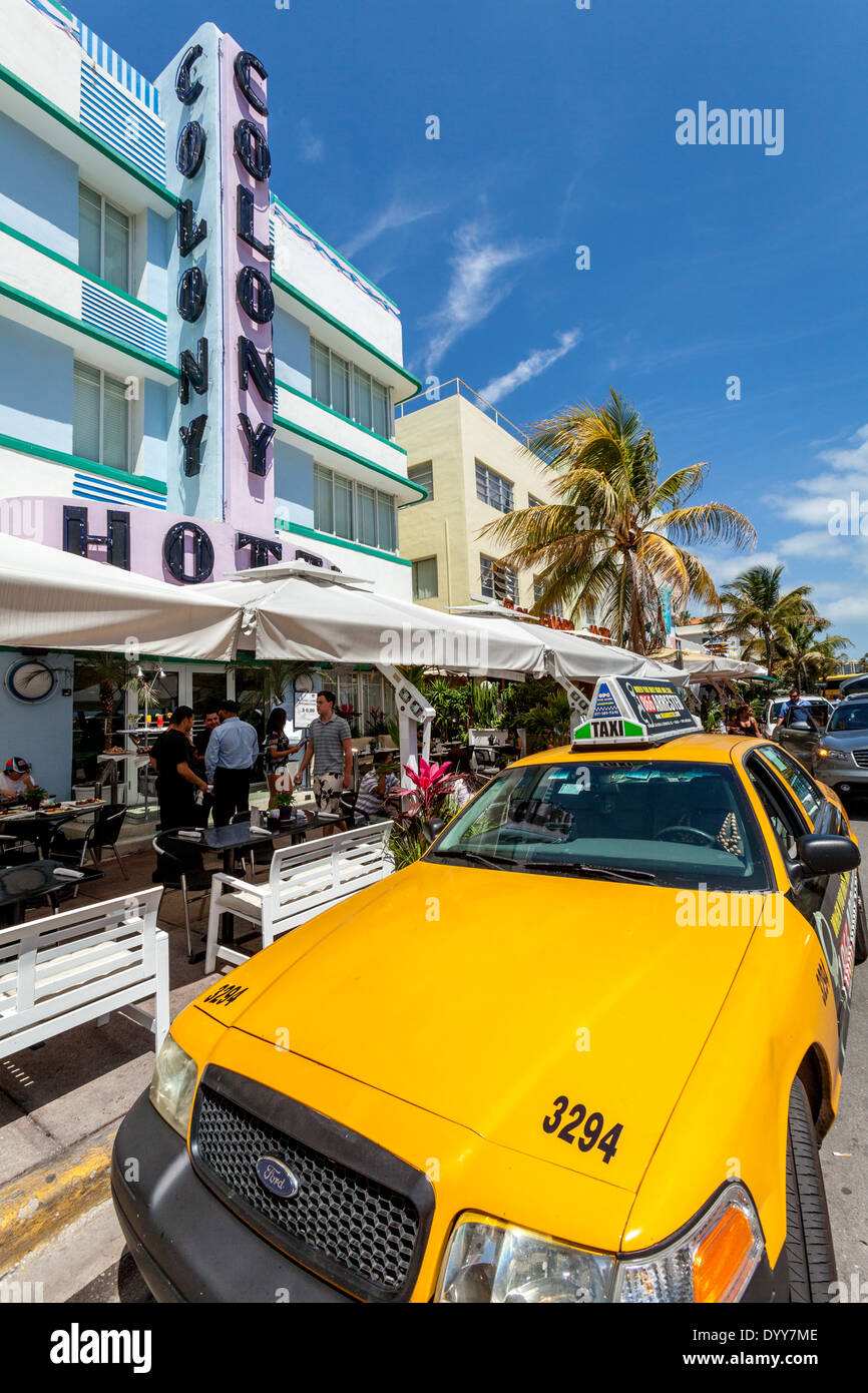 The Colony Hotel and Yellow Miami Taxi, South Beach, Miami, Florida, USA - Stock Image