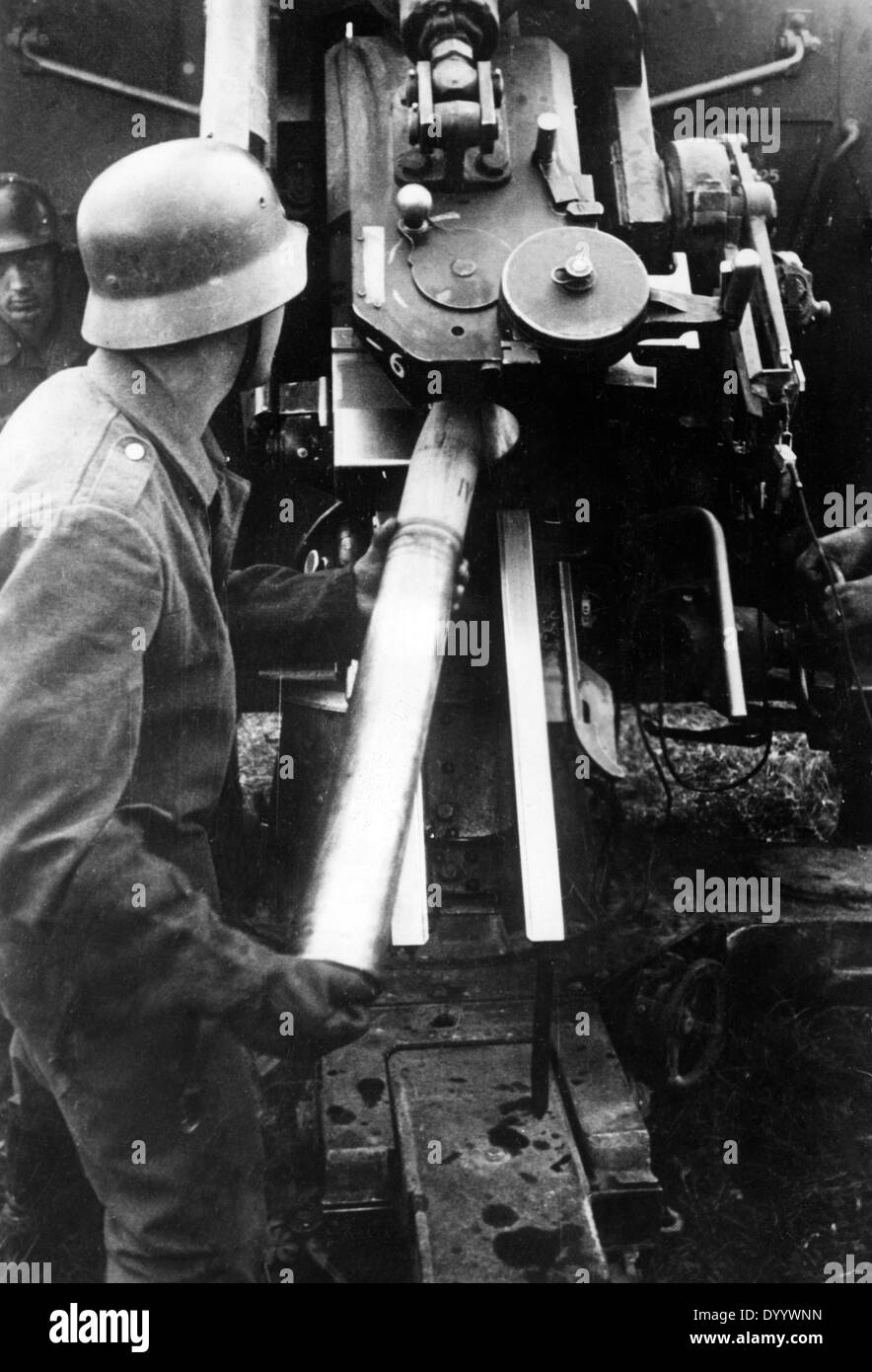 German anti-aircraft gun on the Eastern Front, 1941 - Stock Image