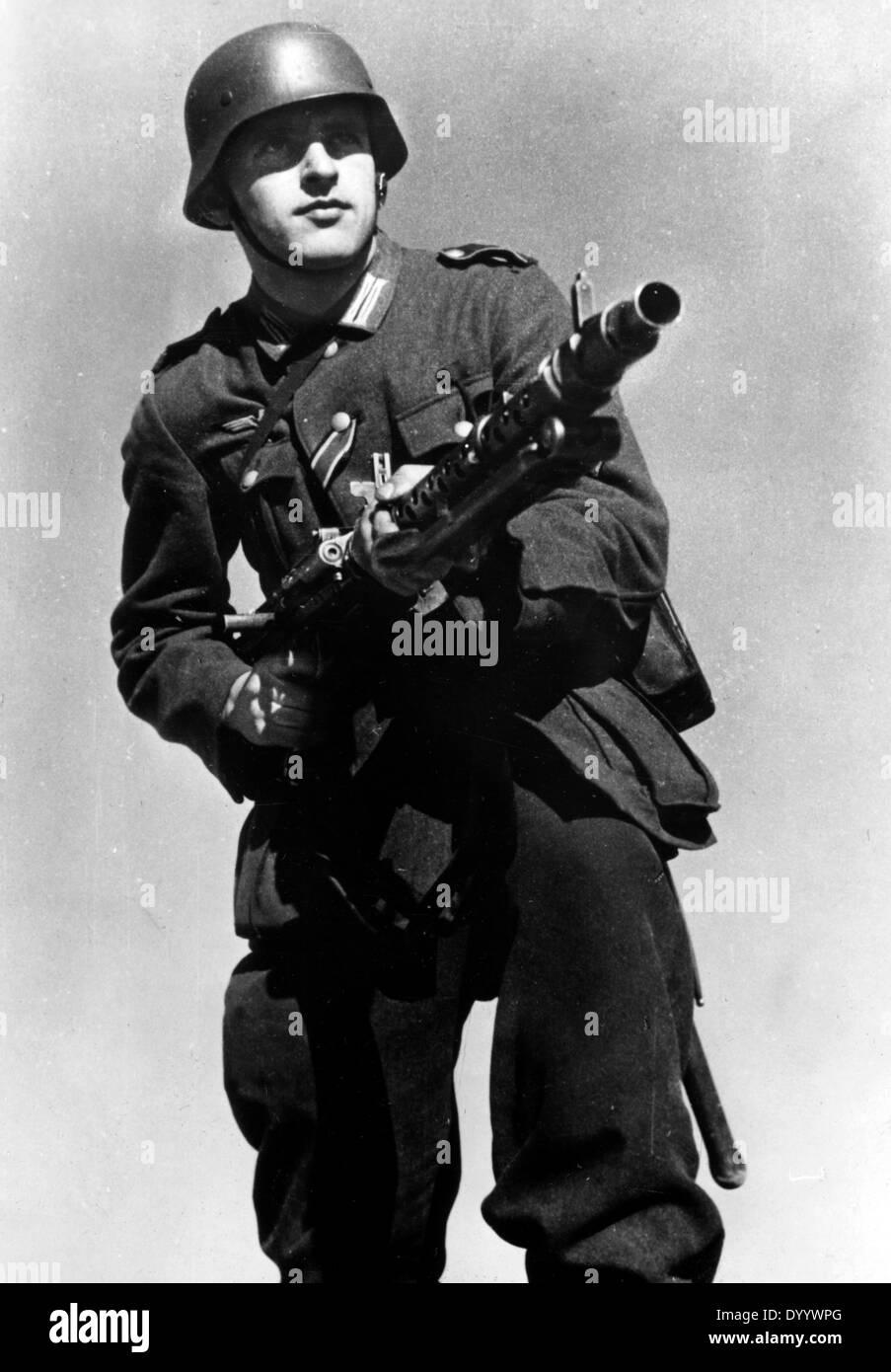 German soldier, 1943 Stock Photo - Alamy