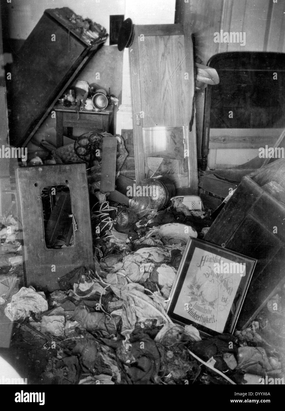 Demolished apartment in East Prussia, 1915 - Stock Image