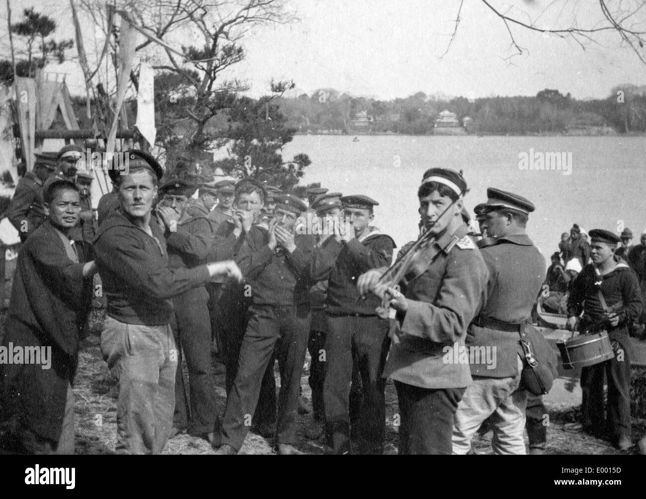 German music-band in a Japanese POW camp, 1915 - Stock Image