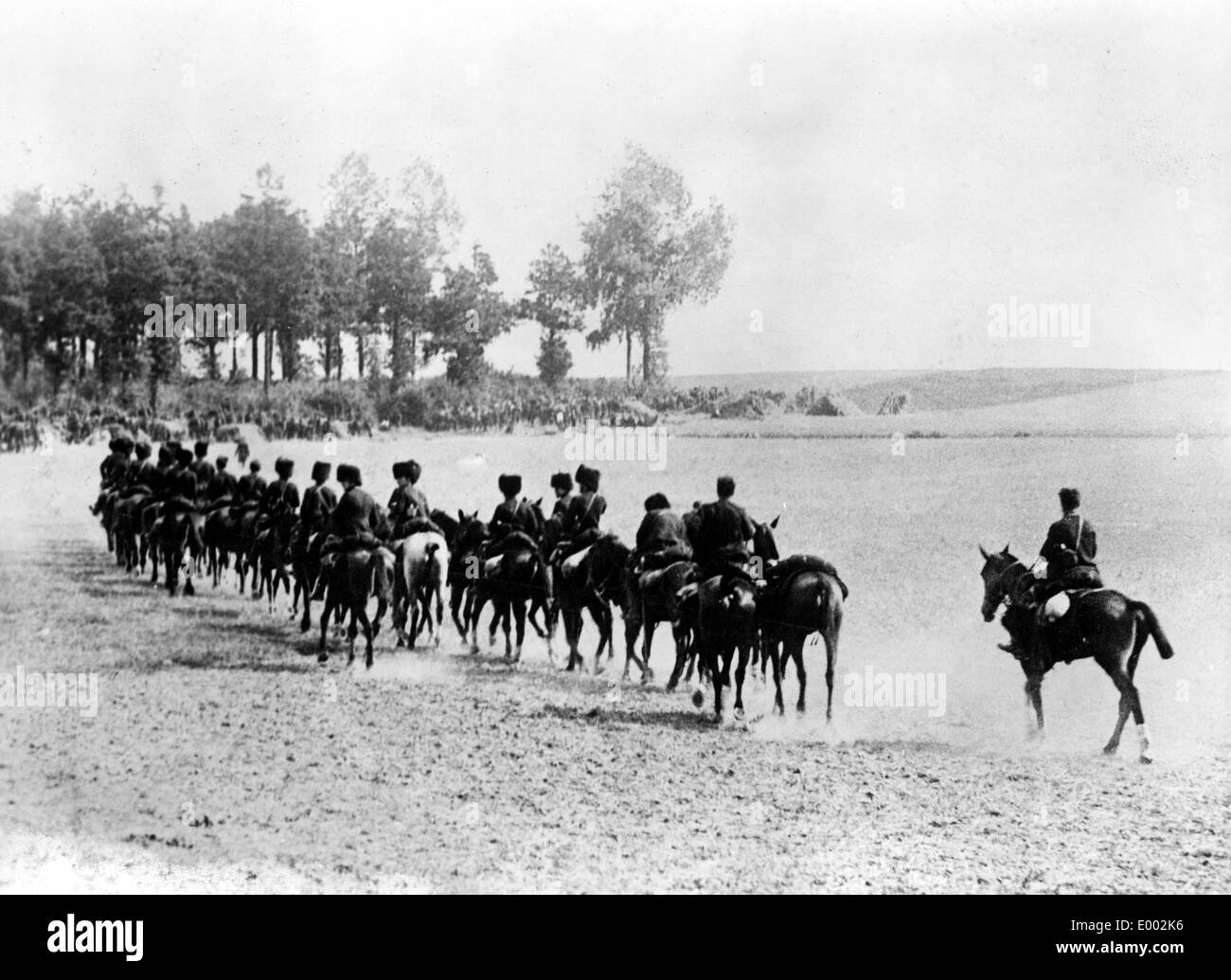 Belgain cavalry unit withdraws from action, 1914 - Stock Image