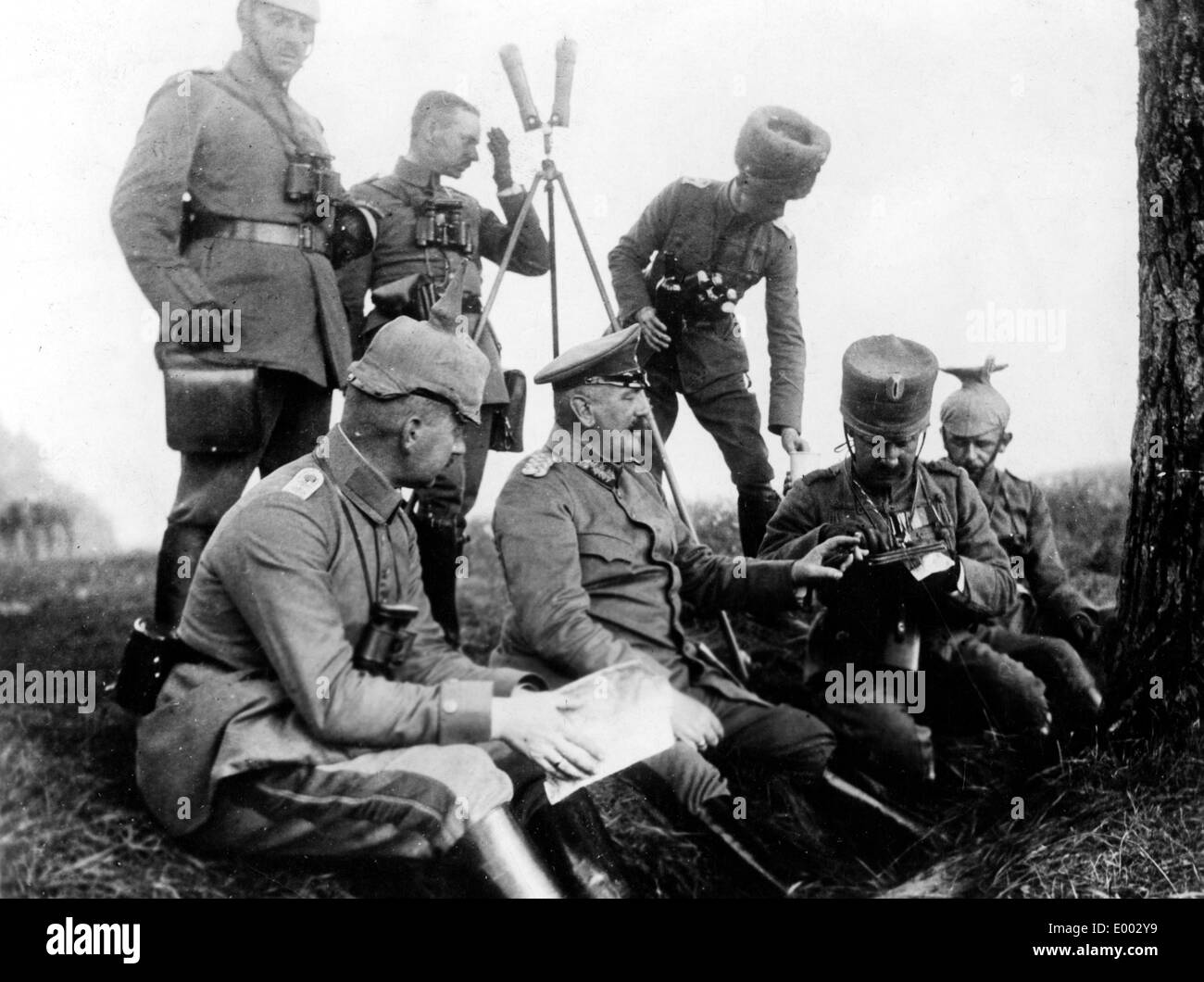 German divisional headquarters team at a meeting, 1914 - Stock Image