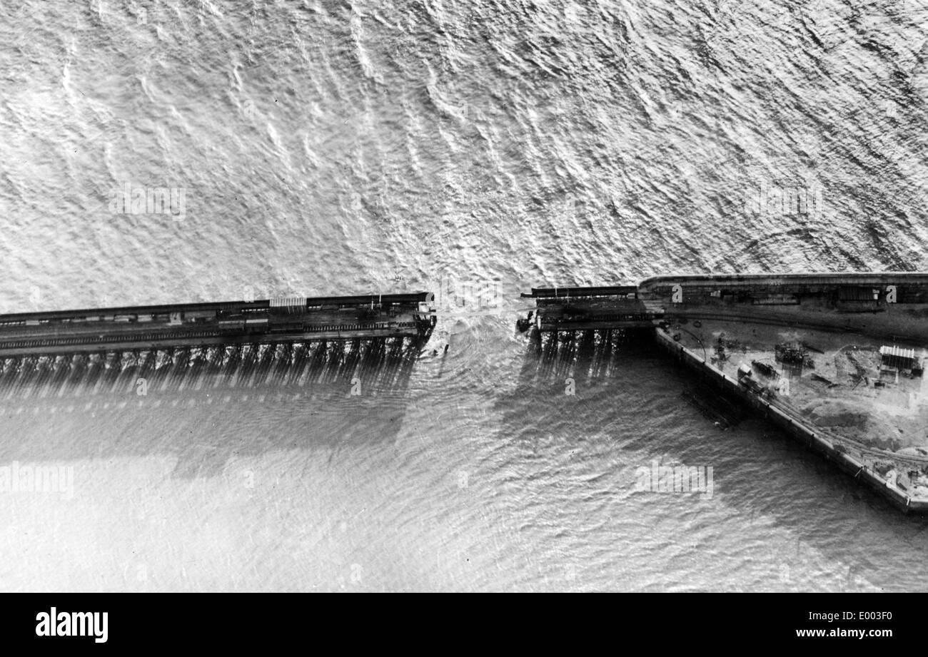 Demolished mole of Zeebrugge, 1918 - Stock Image
