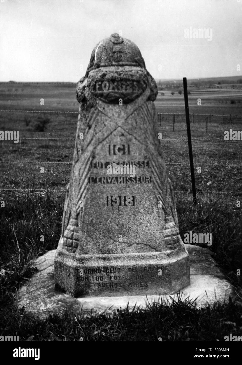 Memorial stone at the frontline of the last German offensive in 1918 - Stock Image
