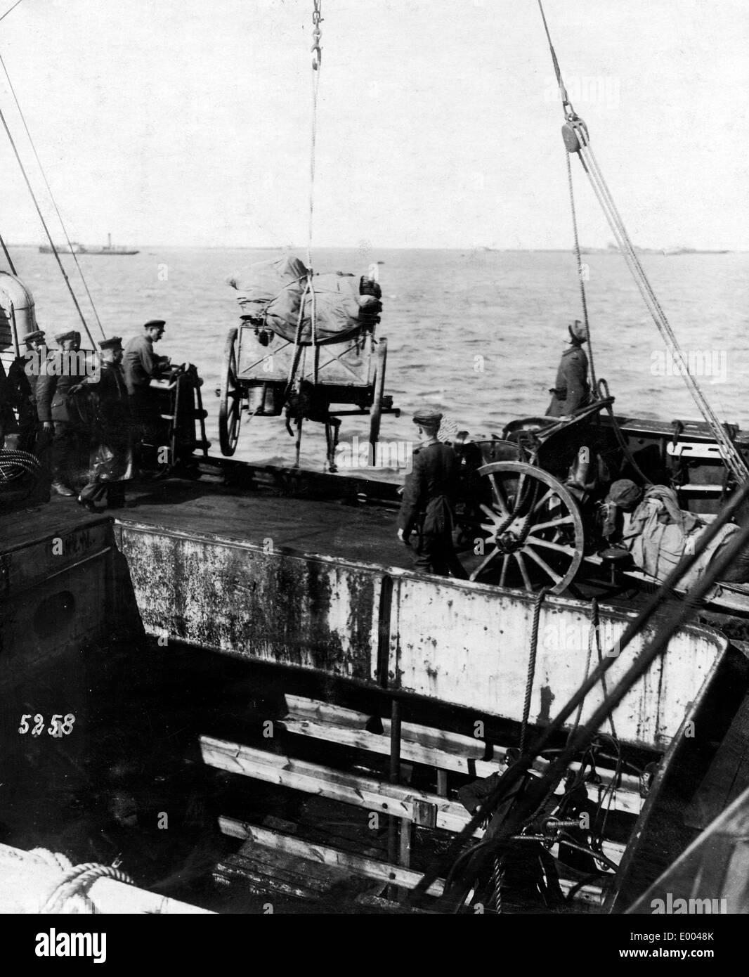 Debarkation of guns near Saaremaa, 1917 Stock Photo