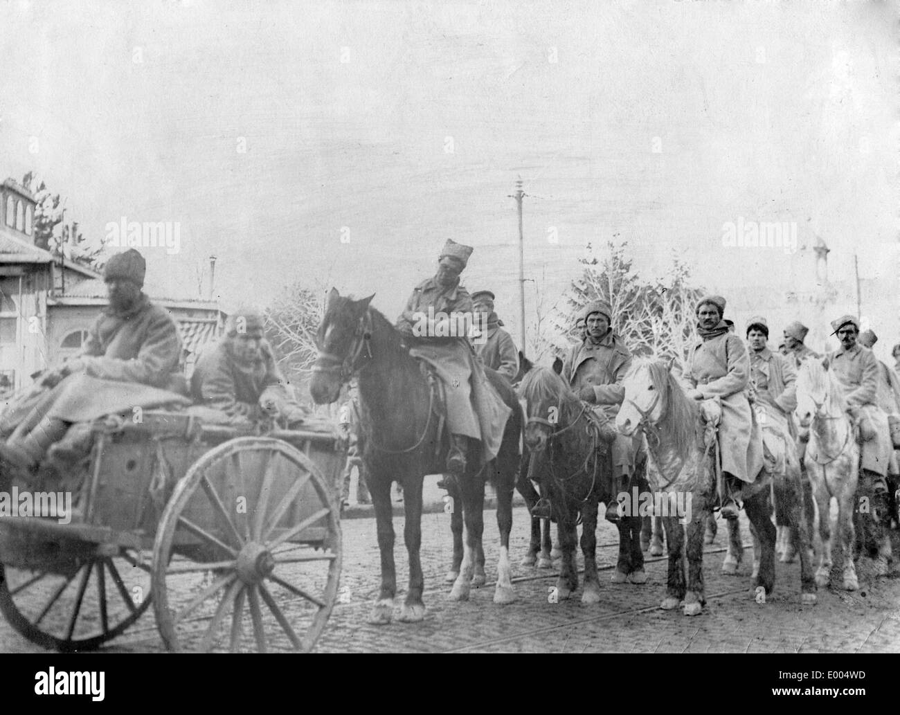 Russian cavalry division defects to German troops, 1918 - Stock Image