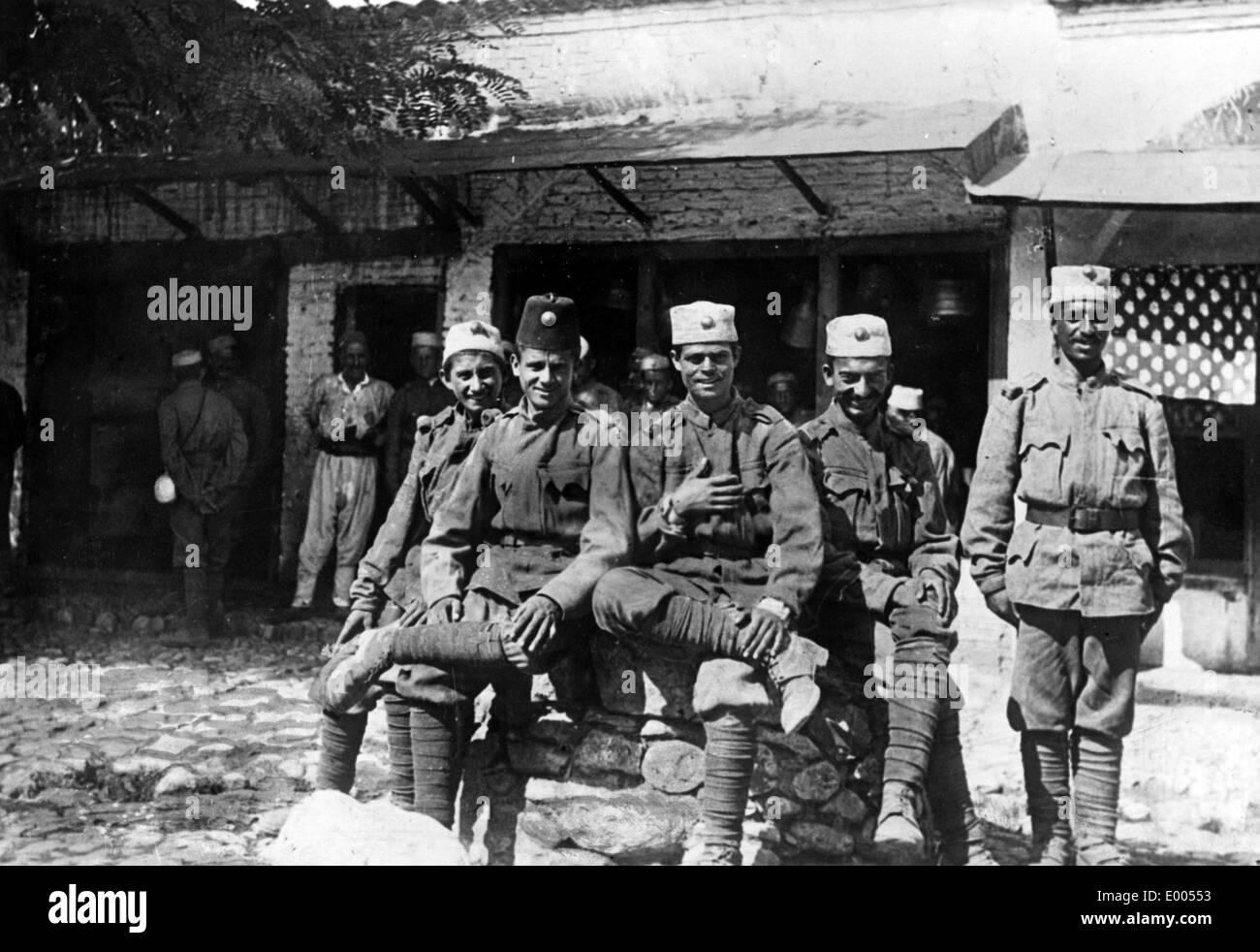 Albanian war volunteers in Tirana, 1917 - Stock Image
