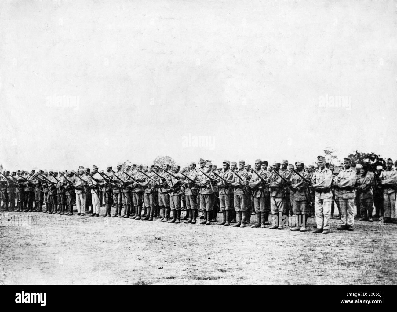 Albanian Volunteers Company in Tirana, 1917 - Stock Image