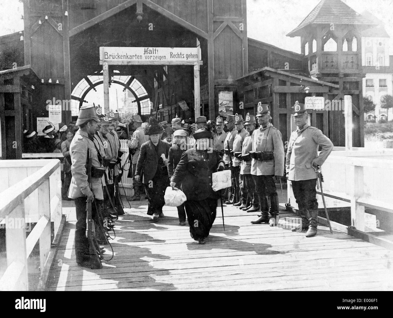 Expulsion of Russian citizens, 1914 - Stock Image