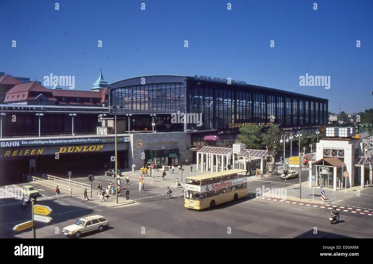The Berlin Zoologischer Garten Railway Station In Berlin 1987 Stock