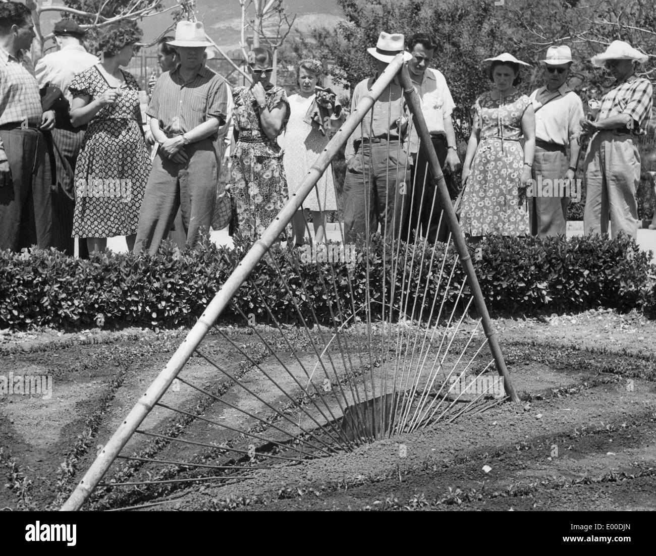 Holidaymakers in Yalta, 1935 Stock Photo
