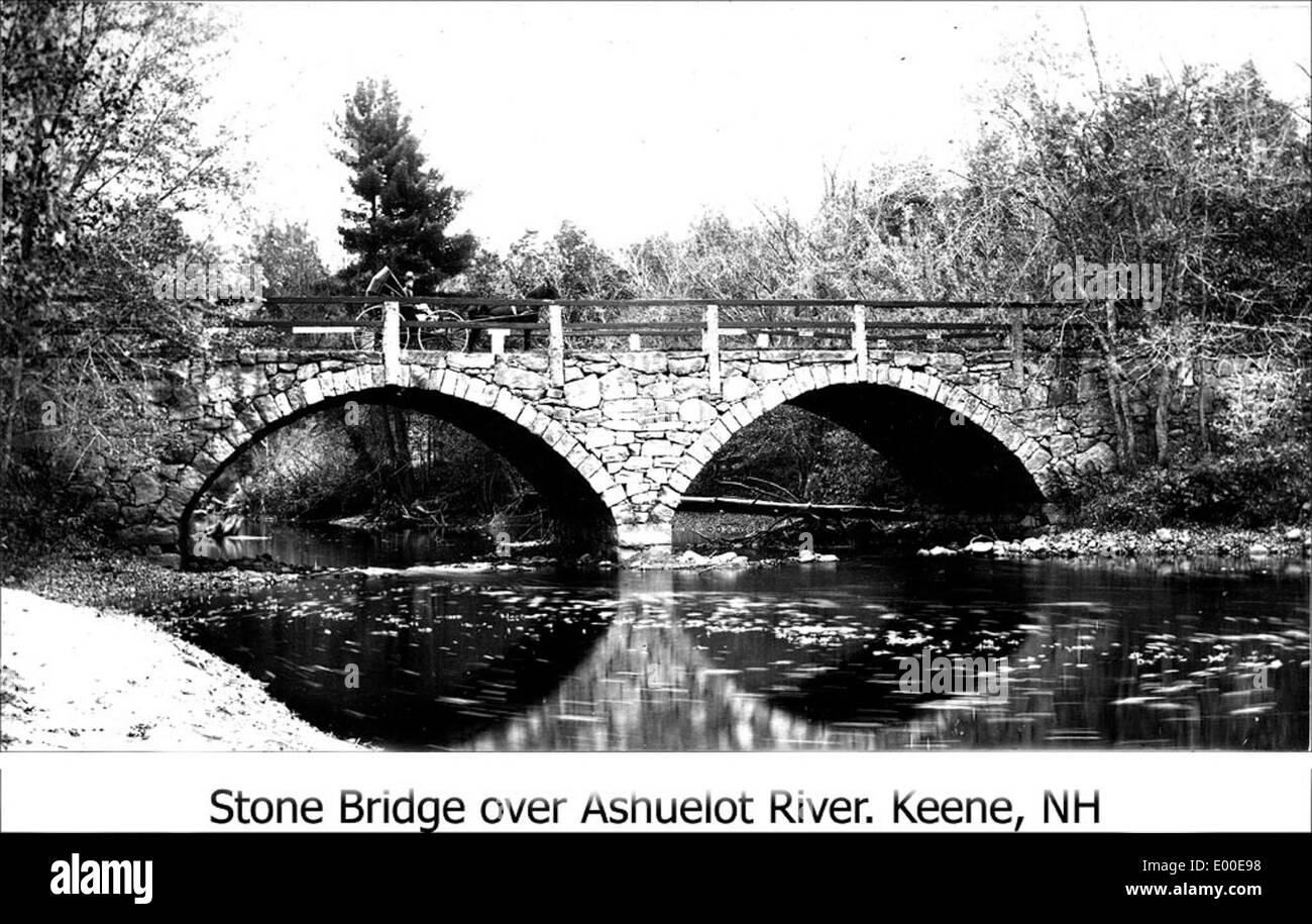 Arch (Stone) Bridge, Keene NH - Stock Image