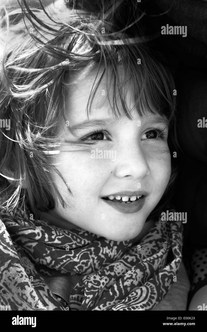 Head shot of pretty 5 year old boy - Stock Image