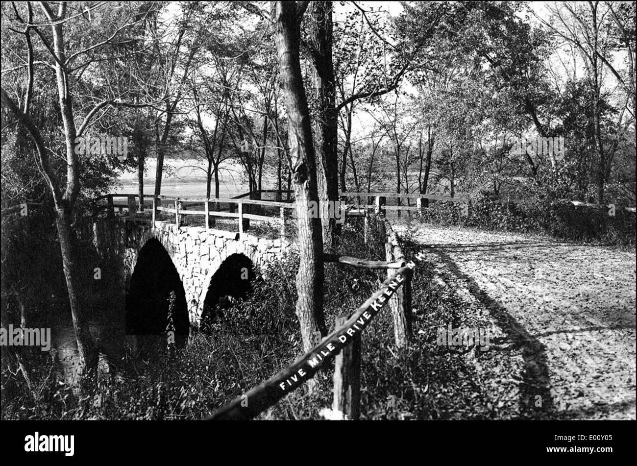 Arch Bridge, Keene NH - Stock Image