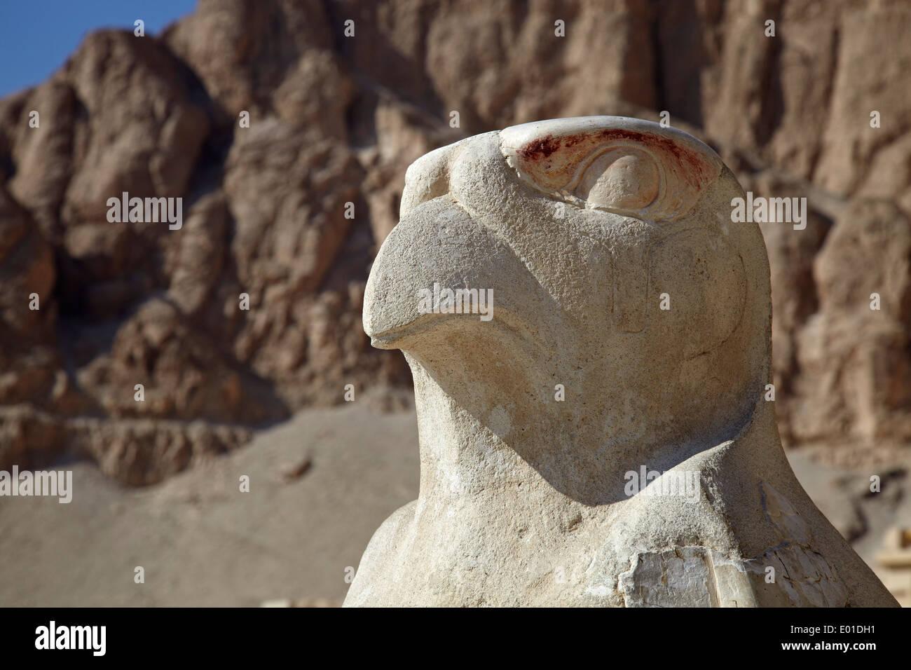 Colonnaded design of Hatshepsut temple, Temple of Hatshepsut, Open air museum - Stock Image
