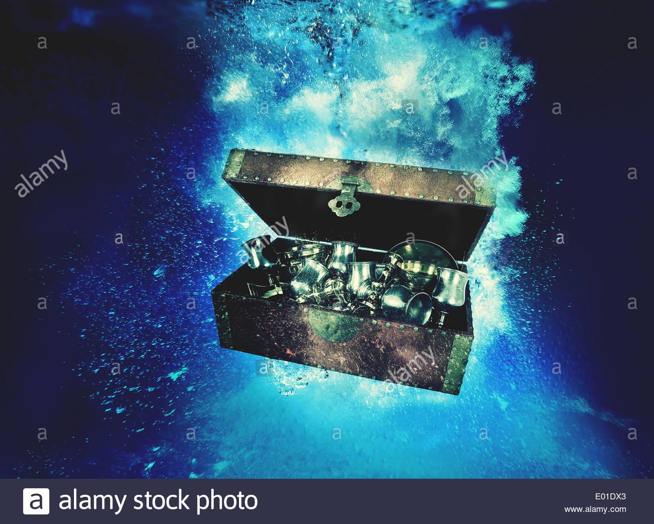 underwater treasure stock photos underwater treasure stock images