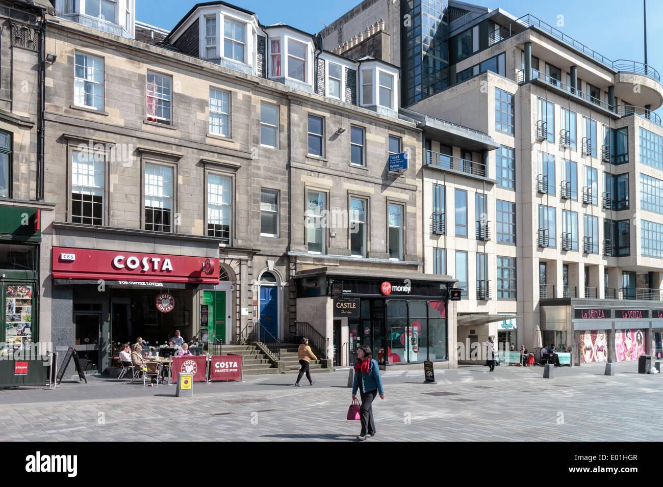 People In Castle Street Edinburgh In Front Of La Senza