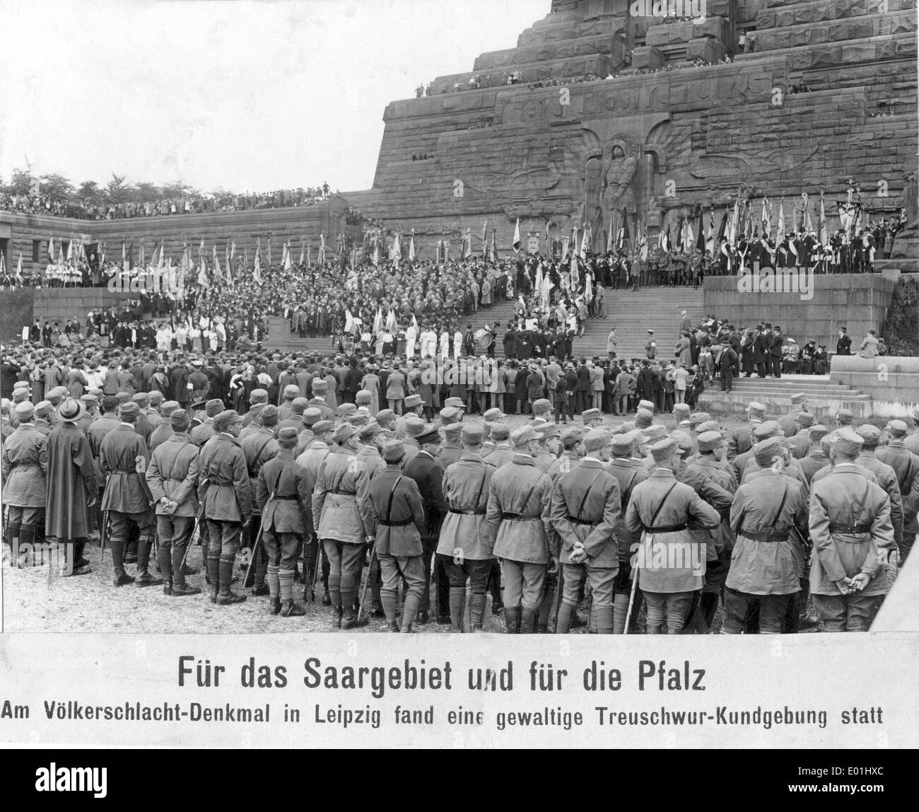 Protests in Leipzig against the autonomy movement in the Palatinate and Saarland, 1924 - Stock Image
