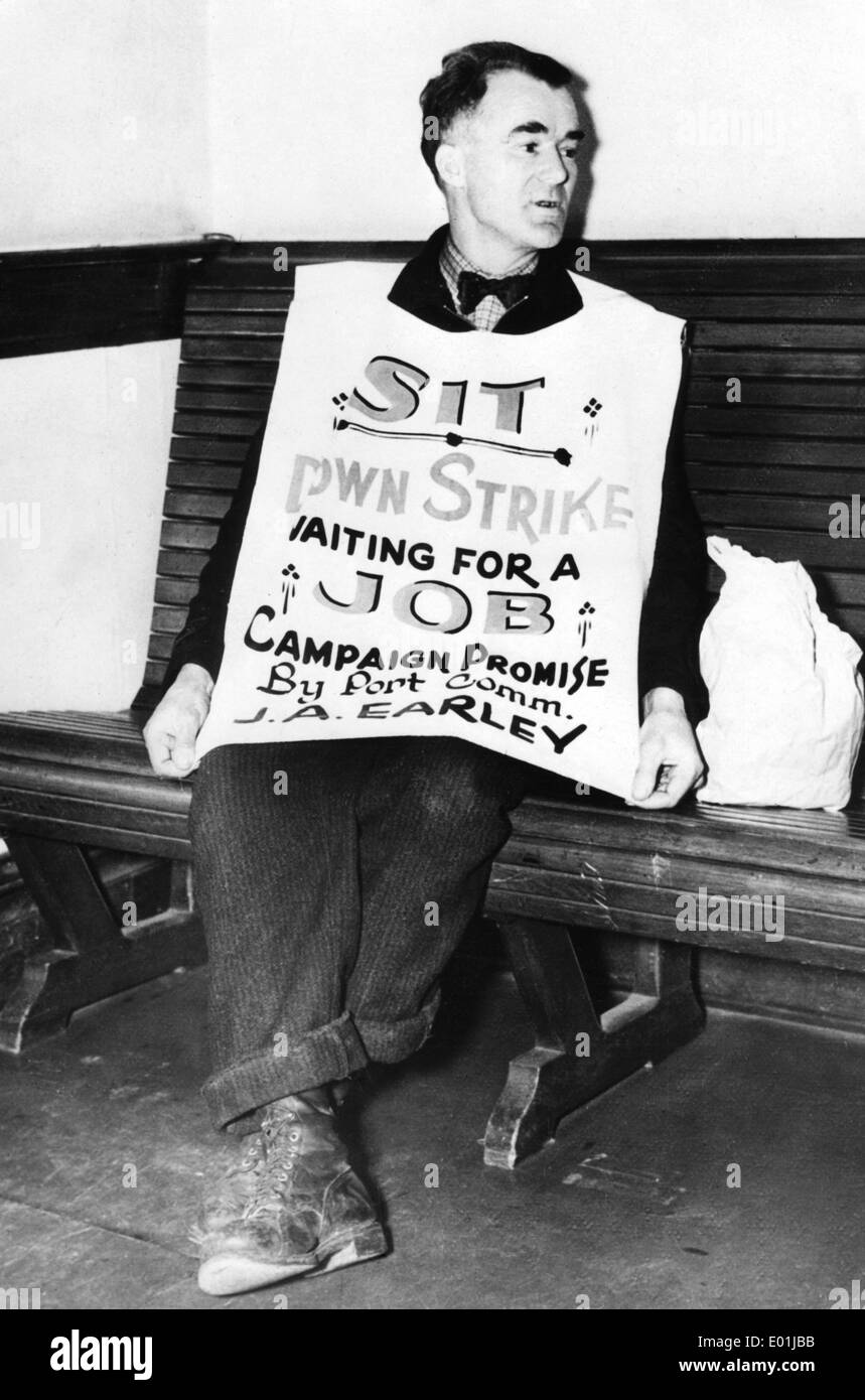 Global economic crisis: Unemployed demonstrator in Seattle, 1937 - Stock Image