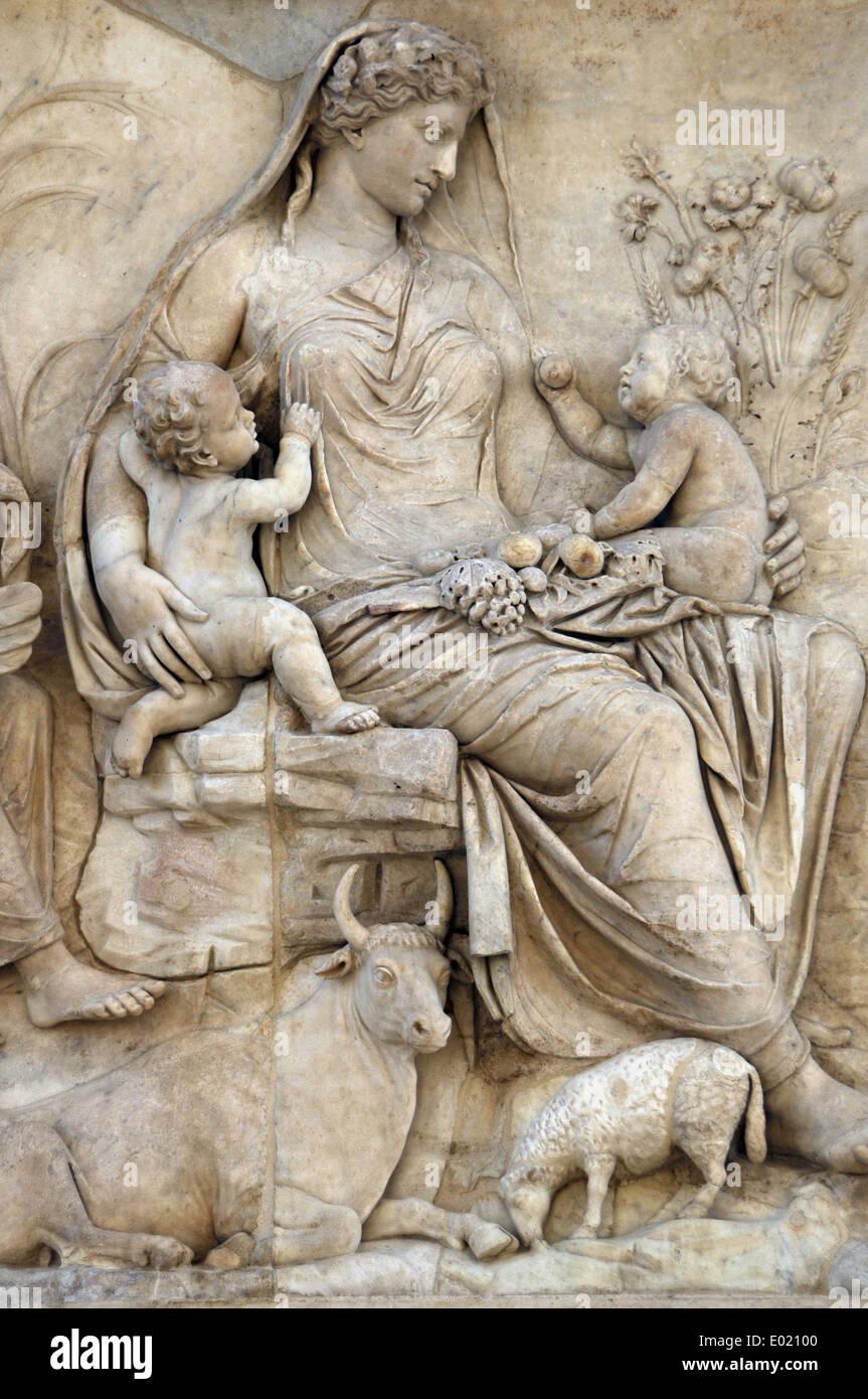 Roman Art. Italy. Ara Pacis Augustae. Tellus panel. Relief depicting Tellus nursing Romulus and Remus. Dated 13 BC. - Stock Image